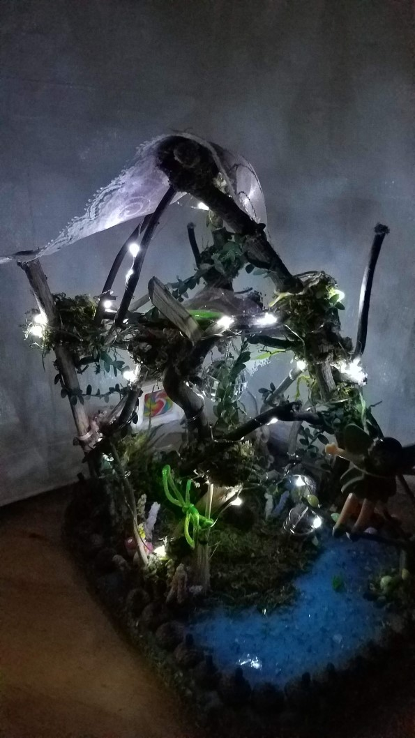 Light Up Twig Fairy Fairy Garden House Includes Fairy Doll
