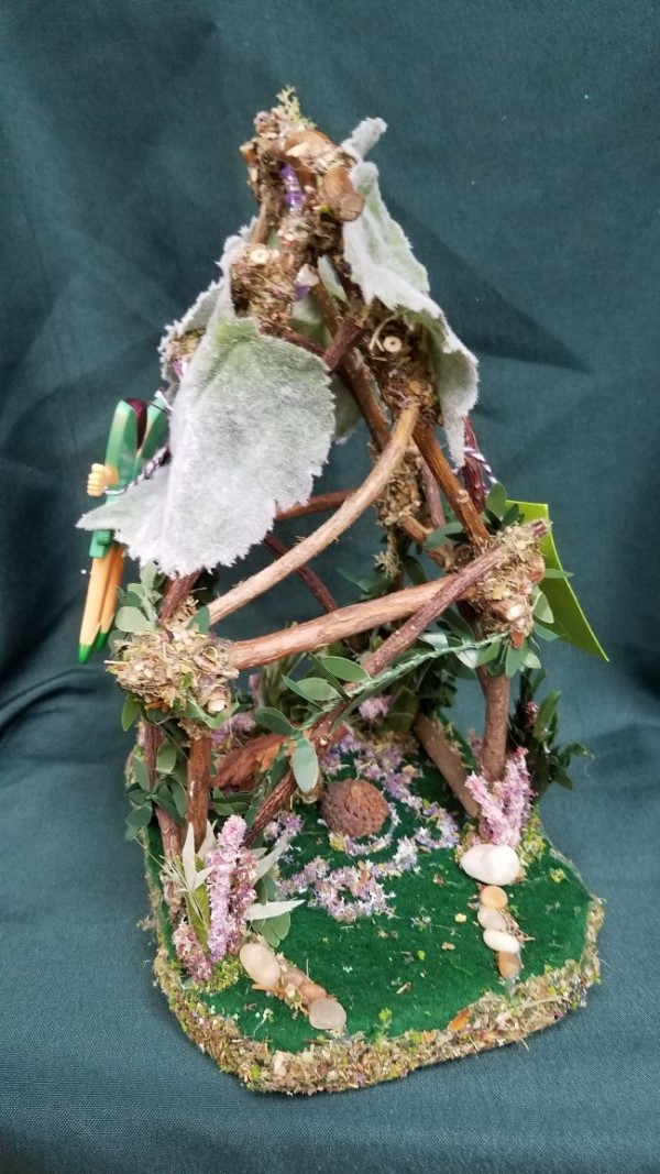 Light Up Fairy Garden House with White Garden Fence Fairy Doll Included