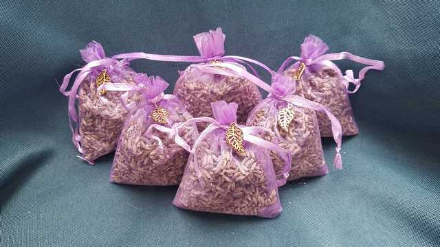 Lavender Sachet - Purple Net Bag - Gold Leaf Charm - Grown on Fox Island - Very Fragrant - 3''