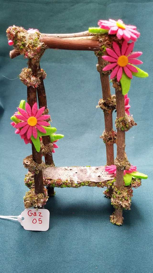 Twig Gazebo with Pink Daisies - 7