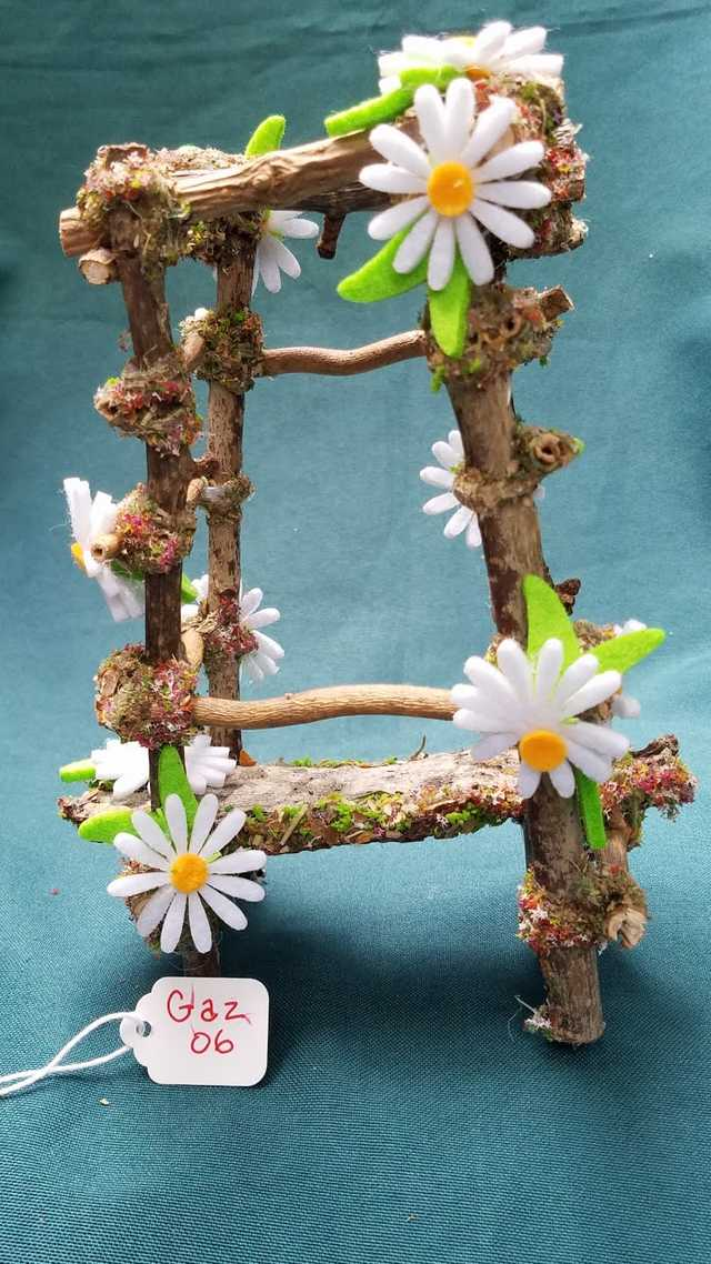 Twig Gazebo with White Daisies - 7